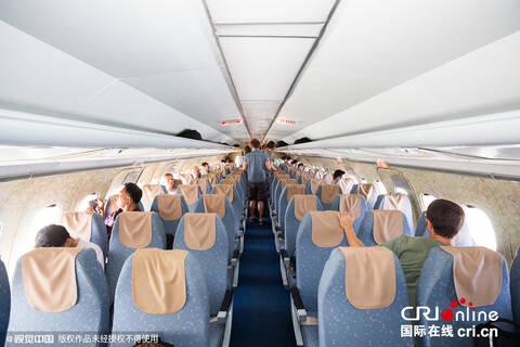 中国摄影师体验高丽航空飞行揭秘朝鲜飞机内景