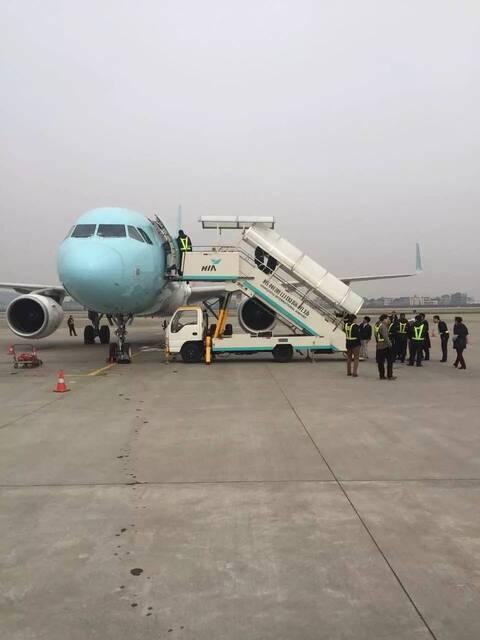 杭州萧山机场一飞机返航扣旅客1小时,竟是这原因