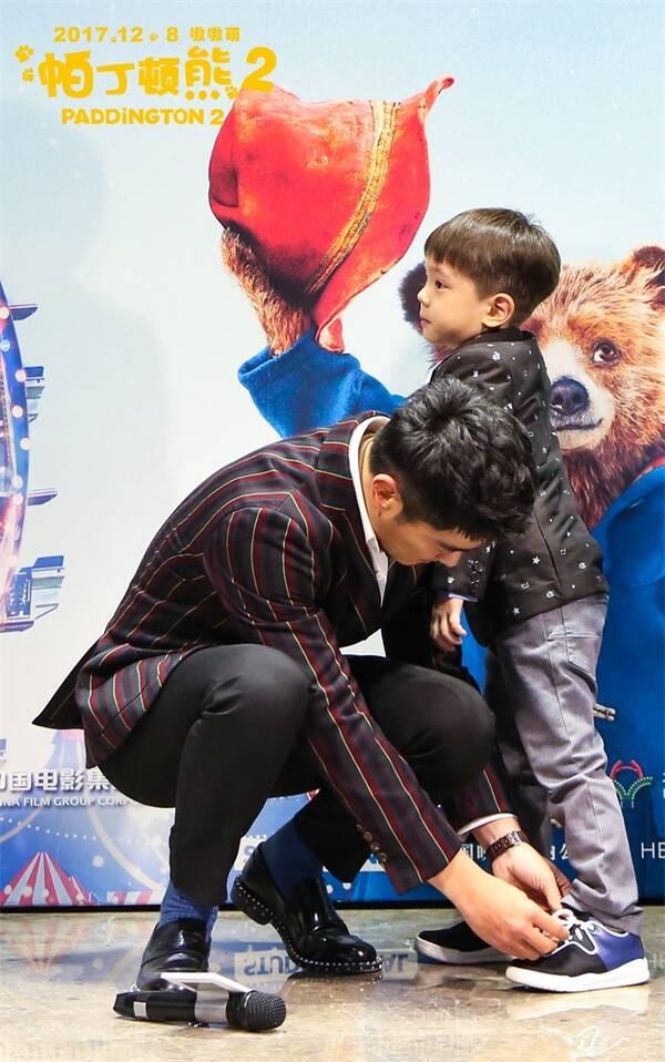 《帕丁顿熊2》中国首映 杜江霍思燕为小熊打CALL