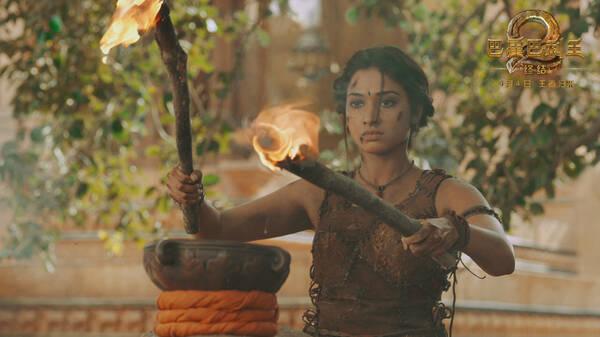 《巴霍巴利王2:终结》今日上映 代表另一种印度电影