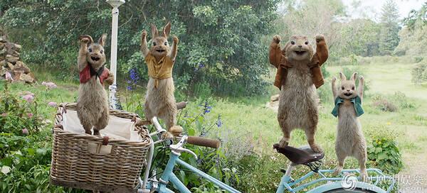 真人动画电影《比得兔》将映 乡间扛霸子智斗人类