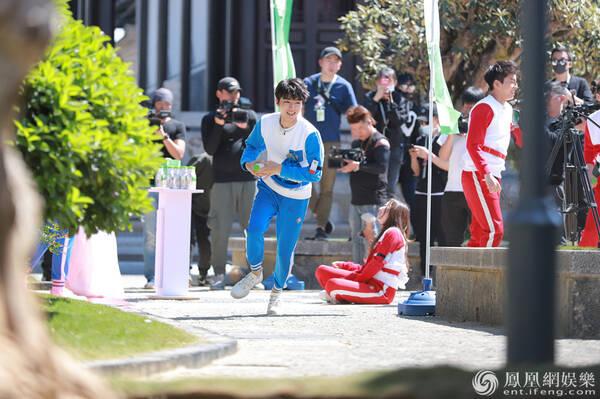 《高能少年团》王俊凯变极速少年 杨紫张一山爆笑合唱