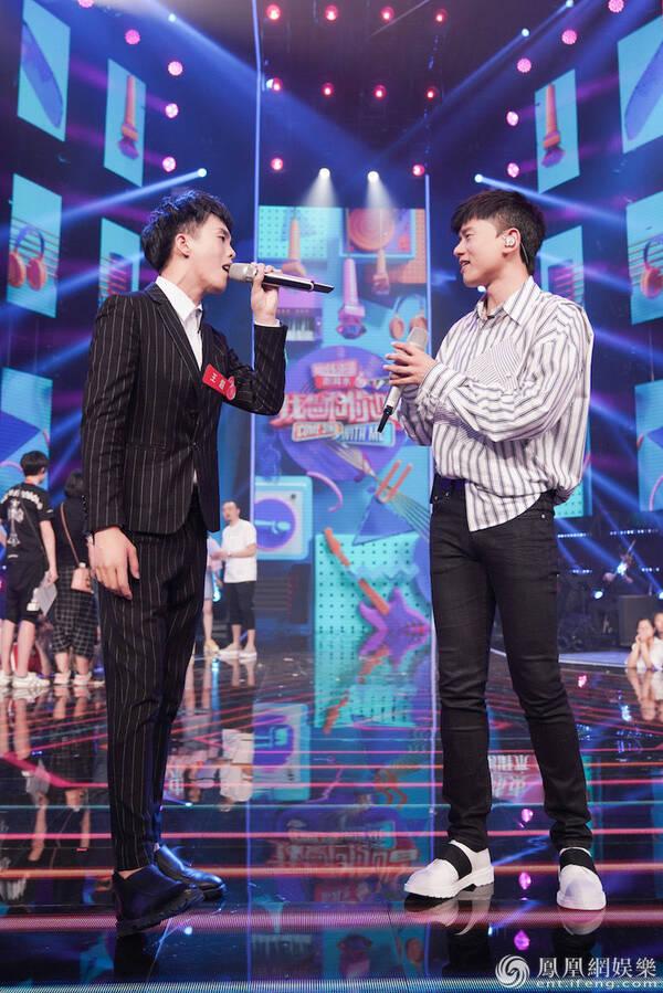 《我想和你唱》张杰歌迷长得像杨迪 开口却征服全场