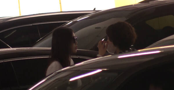 马蓉被曝带儿子回京日子滋润 父亲为避嫌不敢坐豪车