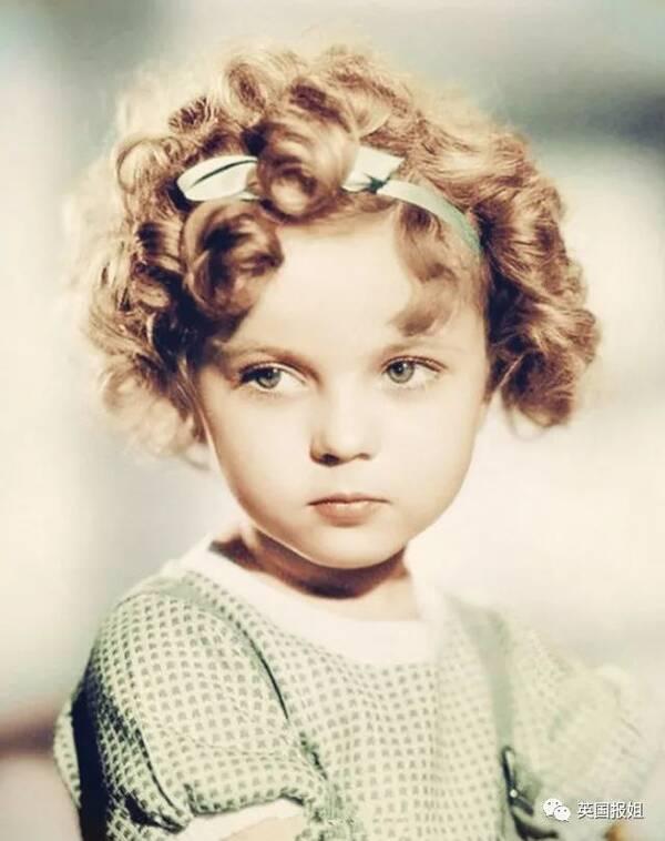 她是全美最可爱小童星,但身边永远是油腻老男人…