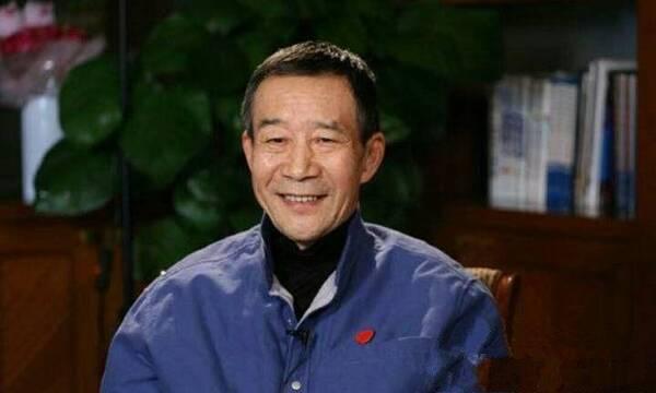 他是中国最贵演员,患癌17年却坚持拍戏 (组图)