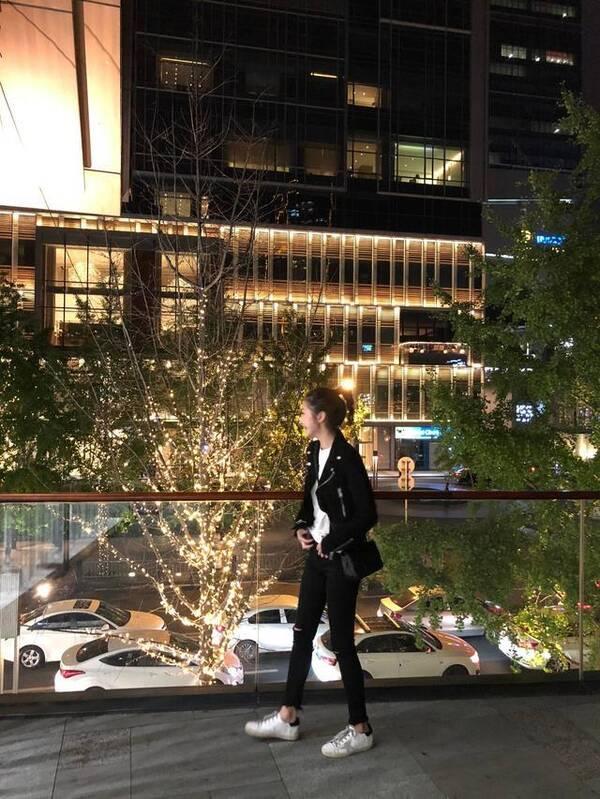 王思聪遇前女友雪梨
