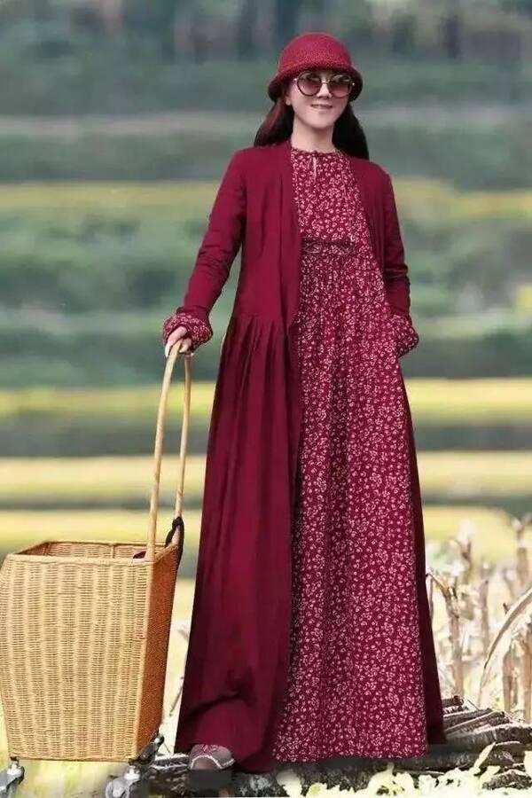 杨丽萍年轻时有多美?连冯小刚都称赞她是仙女