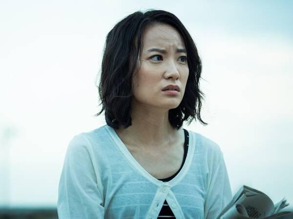 女星32岁出演首部作品就入围金钟奖 被亲姐毒舌调侃