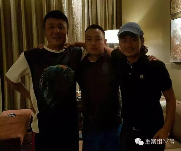 """【星娱TV】王宝强离婚后天天住剧组 直言""""必须要孩子"""""""