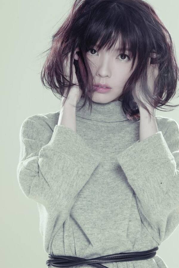 因撞名炫富女受挫 歌手郭美美称不会改名:父母给的
