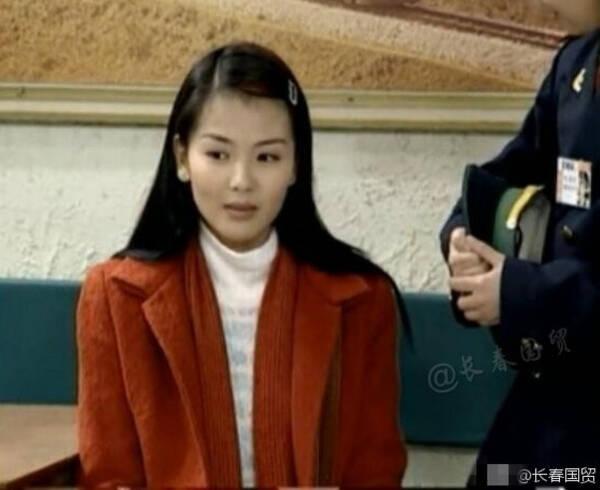 因为这个缺陷刘涛老穿诡异的黑色透视长裙(图)插图10