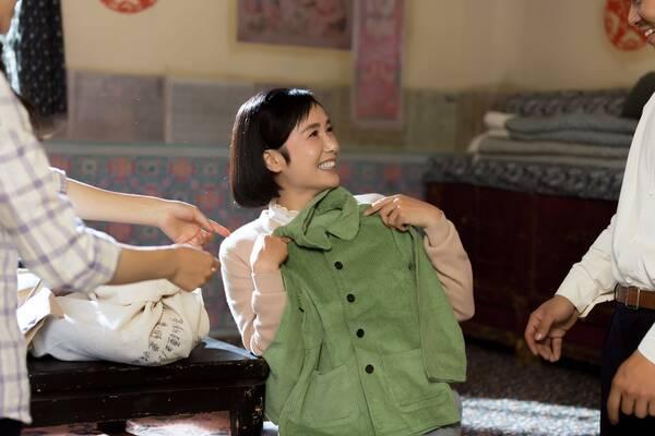 蒋雯丽首度搭档王志飞 《花儿与远方》3日开播