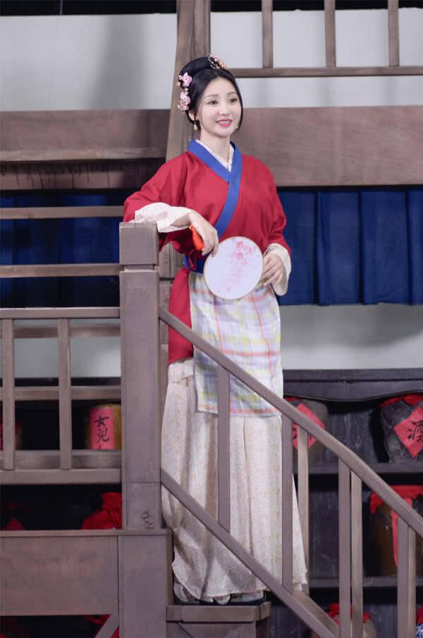 《演员》刘烨挑战《白夜追凶》《武林外传》剧组聚首
