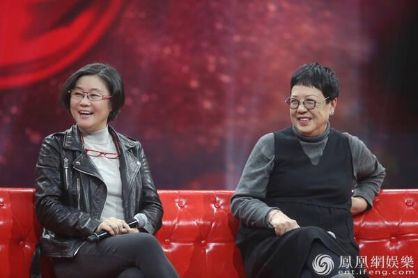 《为时代喝彩》开播 李少红张纪中等时代导演齐聚现场