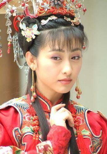 曾是回族第一美女,与张铁林传绯闻(组图)