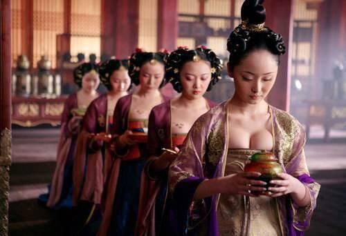 皇帝为什么非要让太监伺候?却不用漂亮的宫女 -  作家韩含 - 作家韩含