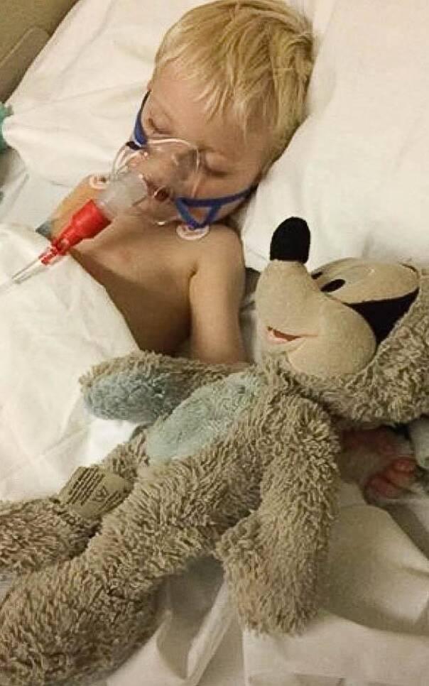 被关停生命支持设备的前一秒 这个3岁男孩死而复生