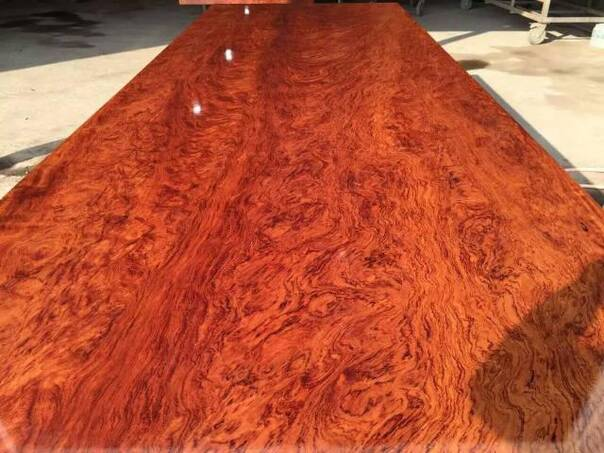 实木大板:关于大板桌开裂问题的分析和保养