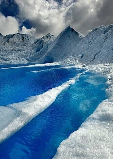 班赛岛的水晶海浪 日本富士山海边 美国50号公路 阿尔卑斯山脉 智利