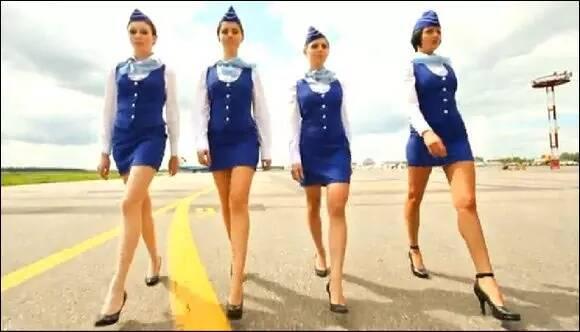 在俄罗斯人的眼中,开飞机降落高速公路是一种值得骄傲的技术,早在1974