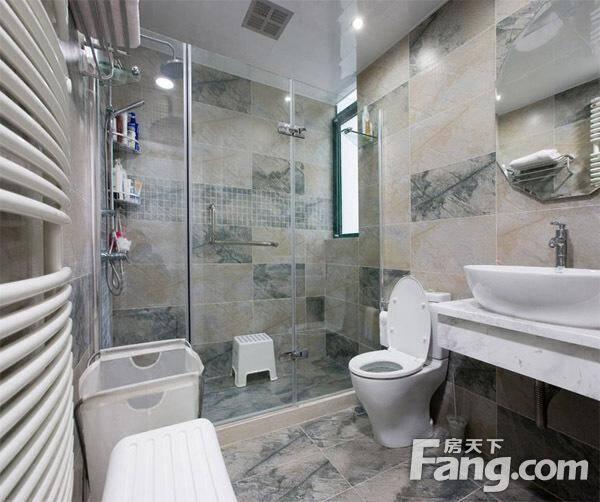 相关搜索:小户型卫生间整体洗手盆装修,现代卫生间瓷砖搭配效果图