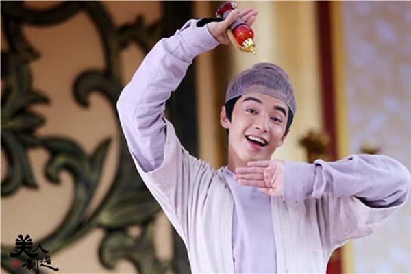 《美人制造》正在湖南卫视青春星期天热播,该剧由金世佳,杨蓉,邓萃雯