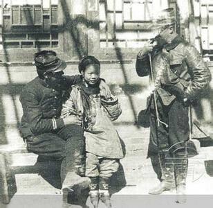 八国联军血洗北京 绑架妇女做军妓