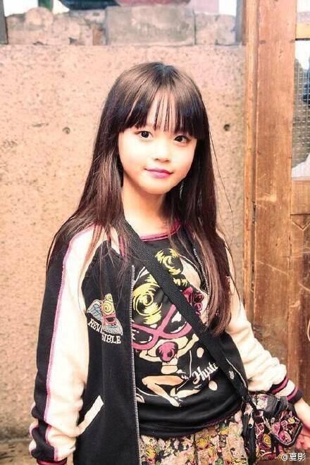 她是现在日本最火的小女孩