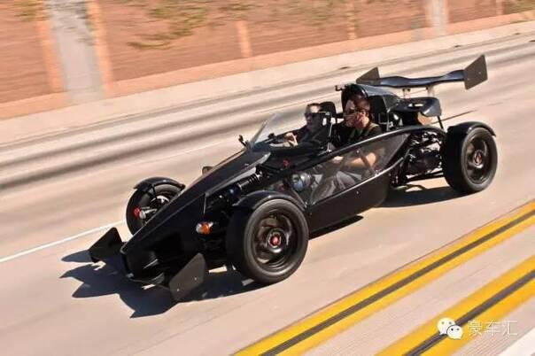 重视高转扭力输出的赛车特性被激发出来, 本田这台k20 i-vtec发动机在图片