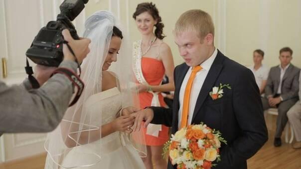 战斗种族的婚礼照片 看完就不想结婚了