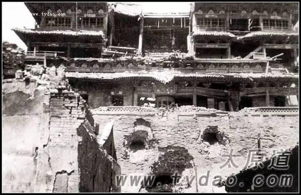 █ 1949年4月24日,太原鼓楼被炮火重创,不久被拆除-太原这座城之13