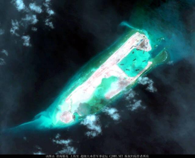 永暑岛扩建最新卫星图:工厂全力开工