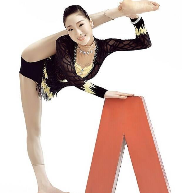 中国第一柔术美女秀技