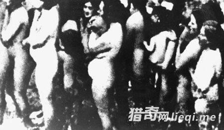 希特勒死后女纳粹陪葬 纳粹大屠杀妇女照片图片
