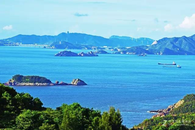 放假,不一定非得去远游  都说济州岛美,浙江更美  尤其作为温州人