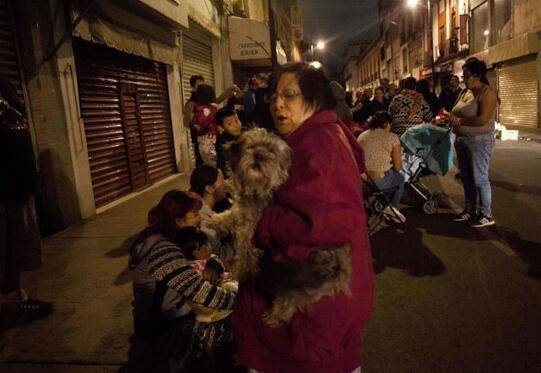 墨西哥大地震已致26人遇难
