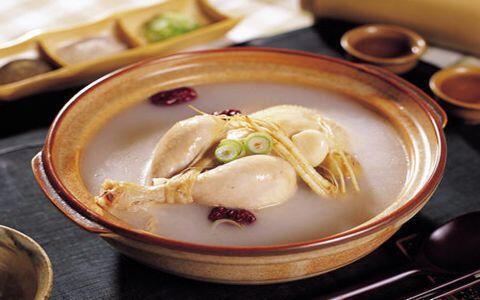 灵芝虫草花煲鸡汤_鲜蘑菇炖鸡汤