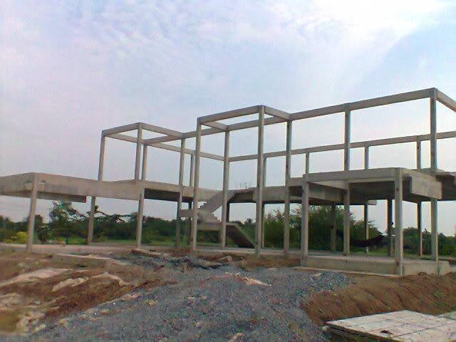 房子,如果你们那带构造柱和圈梁的砖混600-800一平米,框架结构全现浇