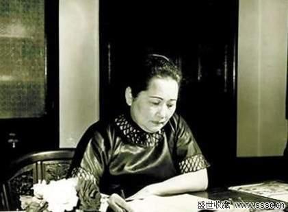 """宋庆龄安排与她的父母及家人,与终身为她服务的""""李姐""""葬在一处,符合她"""