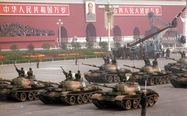 今天,让中国红在广西朋友圈里刷屏