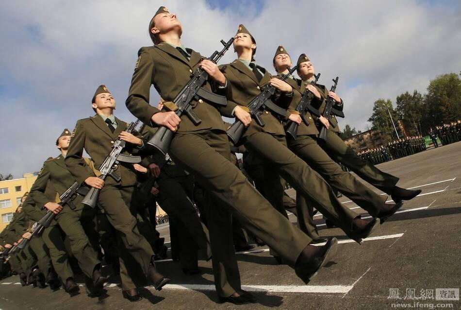 俄罗斯军事女学员(3/5) -  东方.旭 - 东方.旭的博客