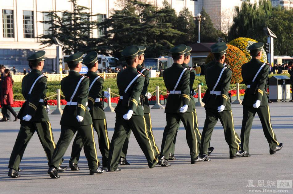2014APEC:天安门广场安保升级 - 雷石梦 - 雷石梦(观新闻)