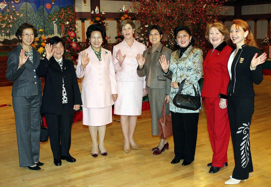 历届APEC会议夫人留影 - 笙盈泓旸 - 笙盈泓旸