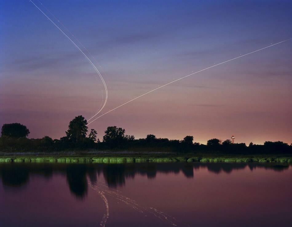 飞机轨迹的照片 - 笙盈泓旸 - 笙盈泓旸