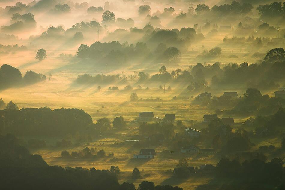 波兰的清晨之光 - 独上高楼 - 止于至善