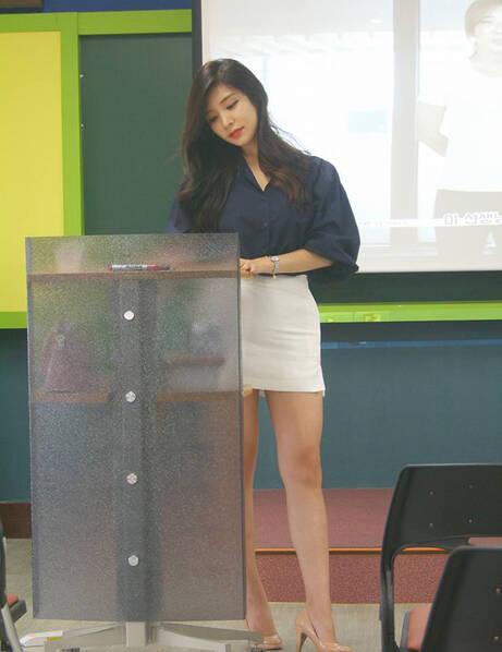 """韩国""""最美女教师"""" 讲台撩人, 有了她谁还旷课[24P] - 新知 - 新知"""