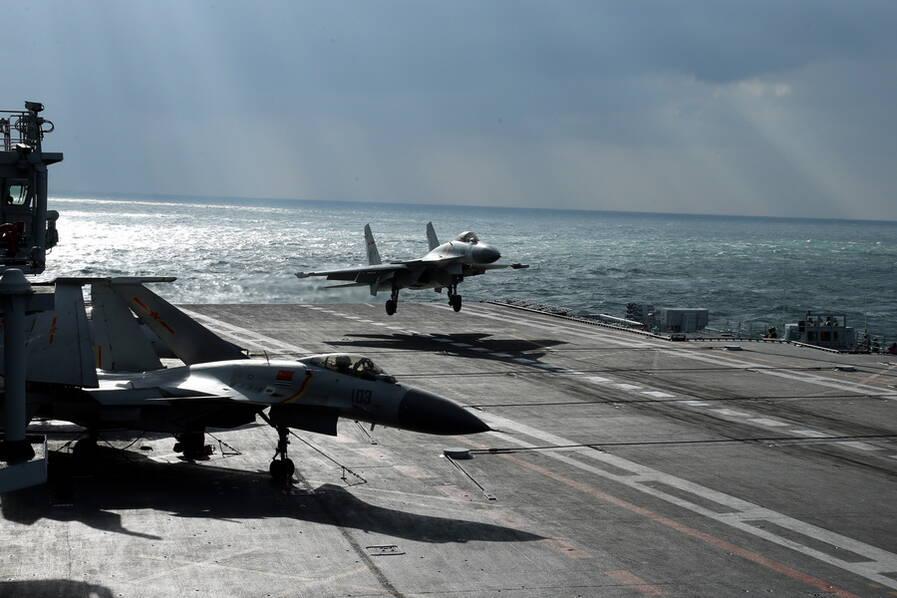辽宁号挺进西太平洋远海训练 霸气不输美军 - 野郎中 - 太和堂