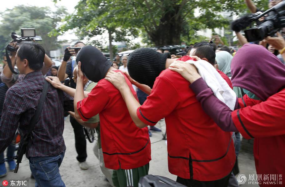 印尼51名同志在桑拿房举办派对后被捕(高清组图)