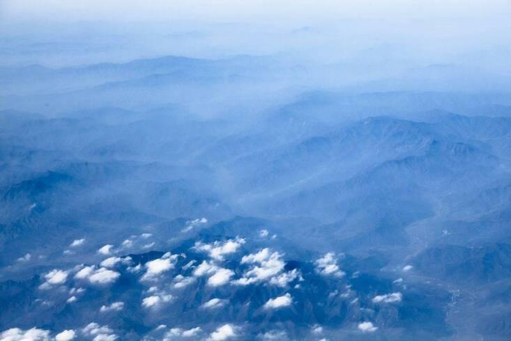 摄影师在飞机上拍摄的哈尔滨初冬景象